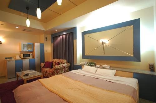 room016